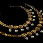 Złota biżuteria ślubna